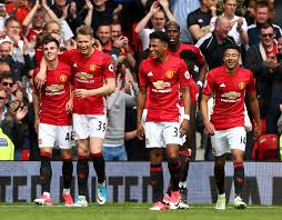 "MANCHESTER UNITED tim sepak bola 2017 ""width ="" 509 ""height ="" 397 ""/> </p> <p> <span style="